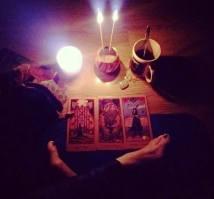 introspectie, meditatie, tarot, feminin