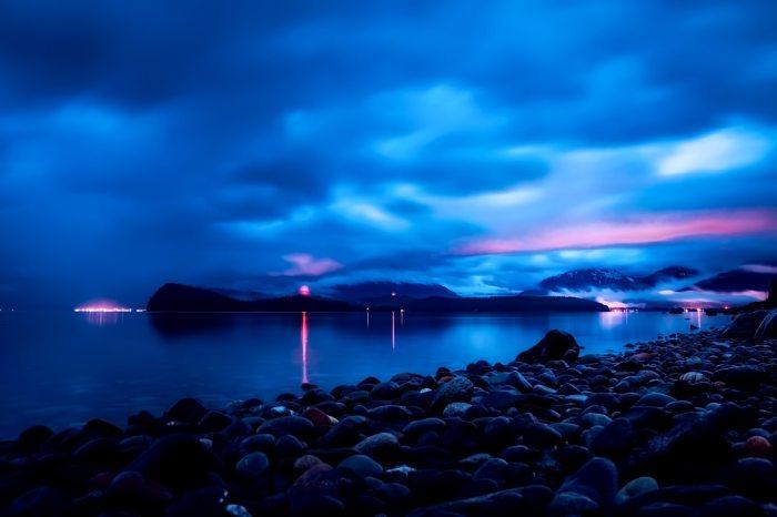 bay-clouds-dark-462077